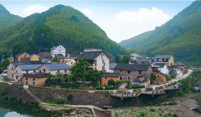 来诗画山村,过向往的生活——石舍香樟乡居疗休养